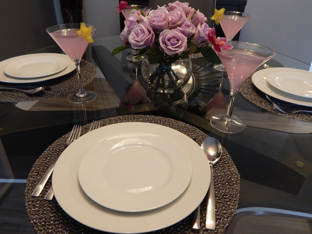 dining-890564_1280