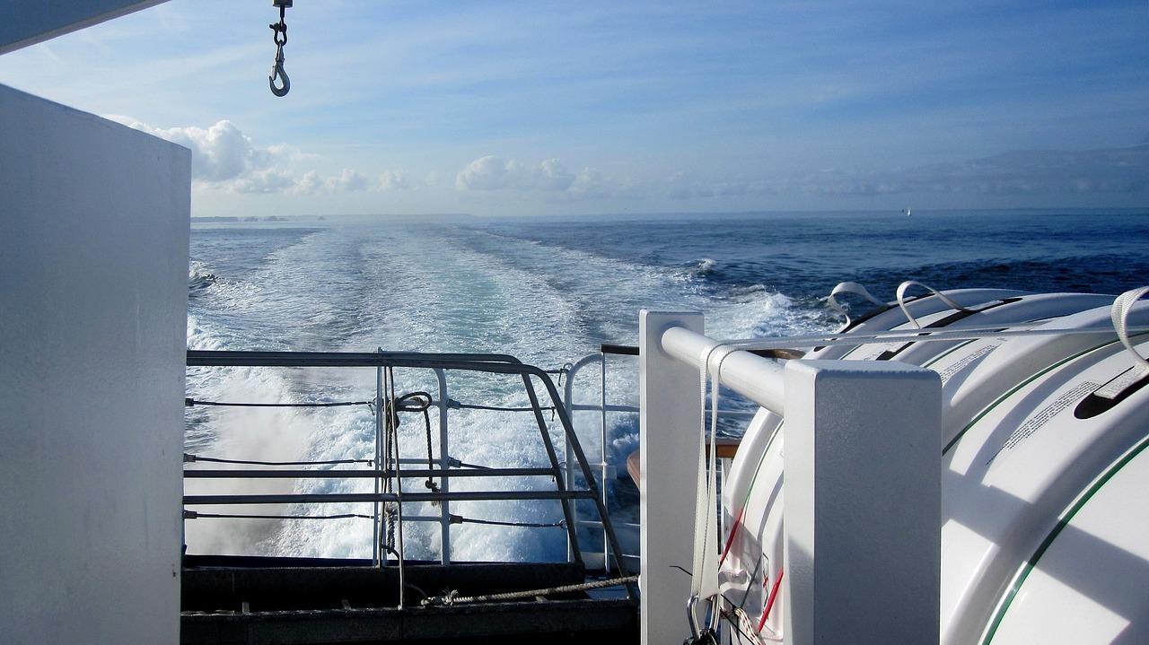 ferry-1977254_1280